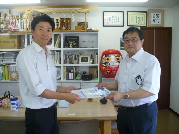 7月13日 井上信治議員への国会陳情(出席者;青梅税政連会長)